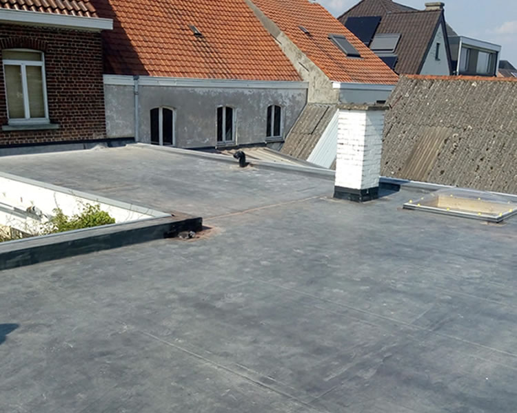 EPDM dak renovatie in Rollegem